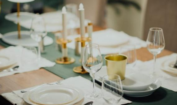 Lay a Beautiful Table for a Beautiful Meal Time